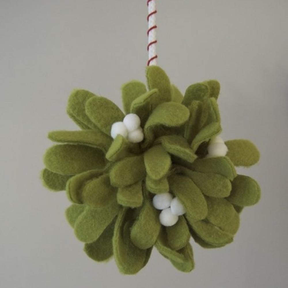 DIY Felt Mistletoe Kissing Ball