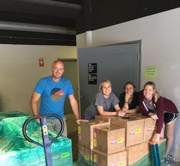 Check out the #plusblue team shipping large orders to #lasvegas!  #teamwork #teamworkmakesthedreamwork #startup #sales #results #fun #pallet of #hotelamenities #growth #luxury #hospitality #minibar #happystaff #awesome #team #grindon #blessed #grateful #shippingday #letsdothis