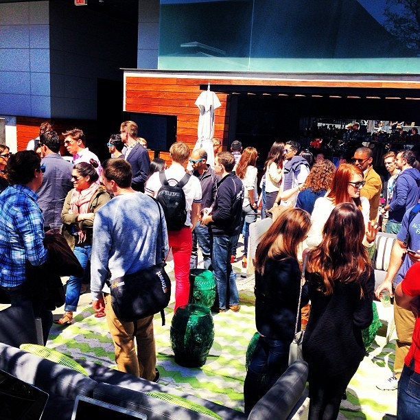 The event garnered more than 1000 RSVP's from over 100 fashion companies.