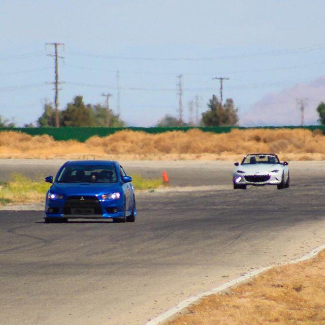 TOMORROW. Only a couple spots available.  Register Now 🏁 . . . #latrackday #LA #losangeles #track #day #supercars #HDPE #racing #bigwillow #willowsprings #cars #motorsport #speed #drive #HPDE #highperformance #mclaren #ferrari #bmw #lamborghini #porsche #mercedes #amg #viper #corvette #latd