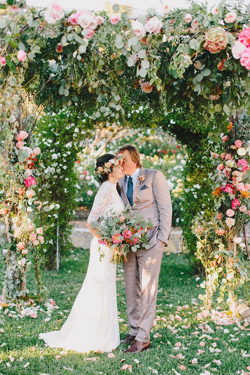 alegria-by-design-wedding-planning-planner-full-service-coordinator-day-of-san-ysidro-ranch-estate-montecito-santa-barbara-lavendar-spring-garden-floral (13).jpg