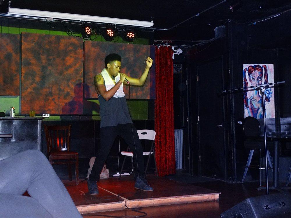 06/17_Uptown Arts bar