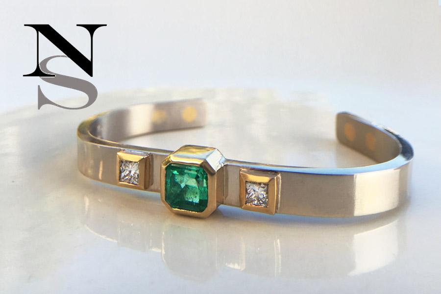 emerald-bracelet.jpg