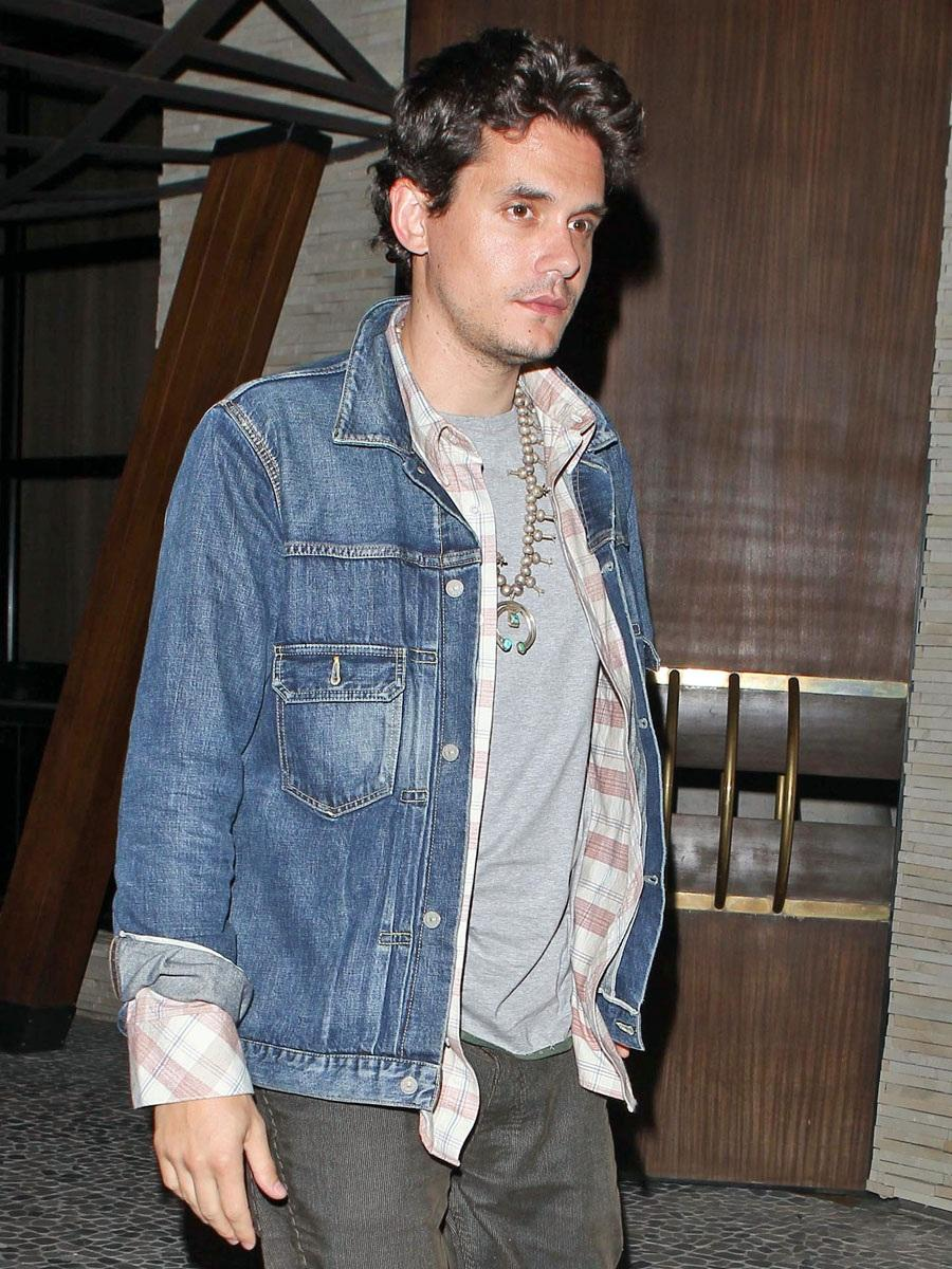 Men can rock it, too! John Mayer in turquoise.