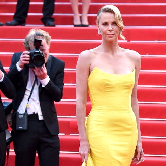 Charlize Theron in Christian Dior Couture and Chopard.