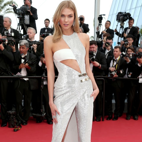 Atelier Versace & Karlie Kloss making us strongly consider the 'one leg' pantsuit.