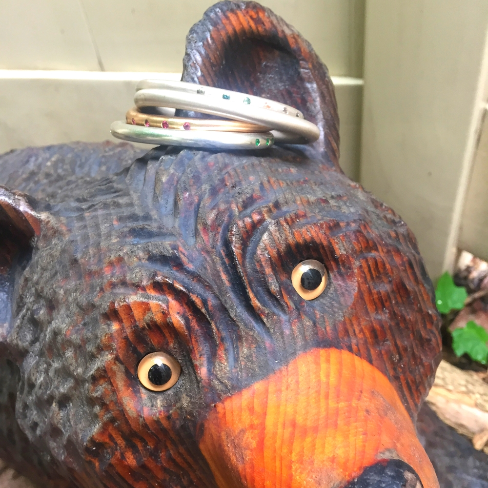 More artsy BS, but this time on a garden bear.