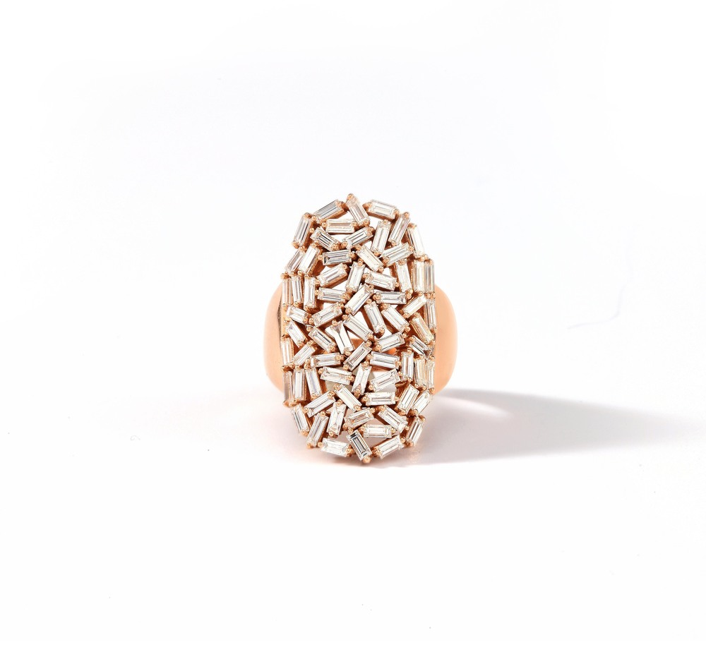 The 18k gold Fireworks Baguette Diamond Shield Ring that won the 'Diamonds Below $20,000 (retail)' Couture Design category in 2014.