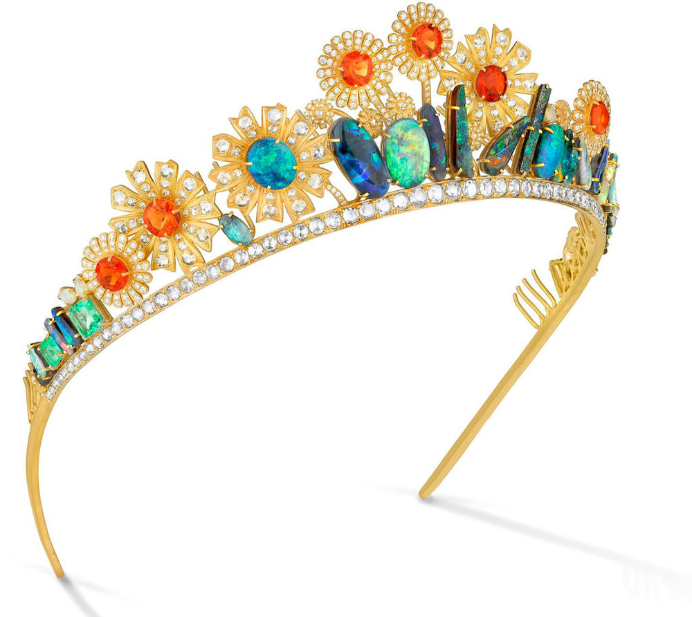 Irene Neuwirth  opal and diamond tiara made for Joanna Newsom's wedding to Andy Samberg. Wedie.