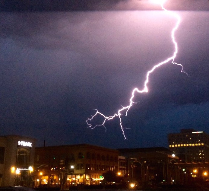 An Electric moment in Aspen, CO, Baylee's hometown. Remind you of someone's jewelry?