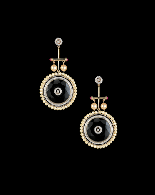 Wheels of Life earrings in onyx, diamonds and pearls.