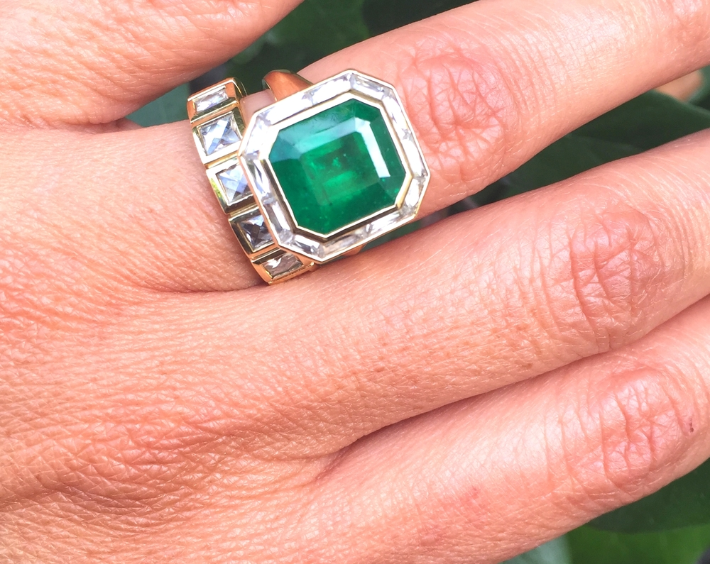 This fabulous emerald and baguette diamond ring was created for Corina by Ari and it makes us believe in love, OK?!