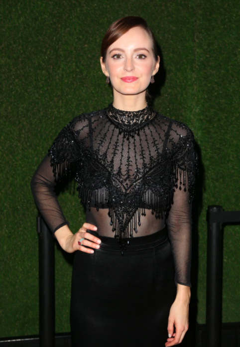 Ahna O'Reilly in Sarah Hendler at Golden Globes 2018