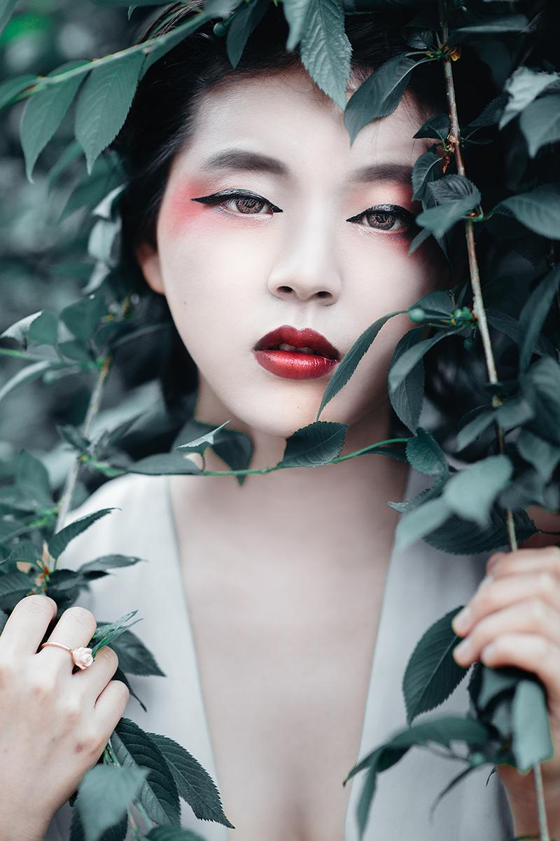 Cherry Blossoms Fashion Shoot Boris Zaretsky Photography_B2C0669-Edit-Edit.jpg