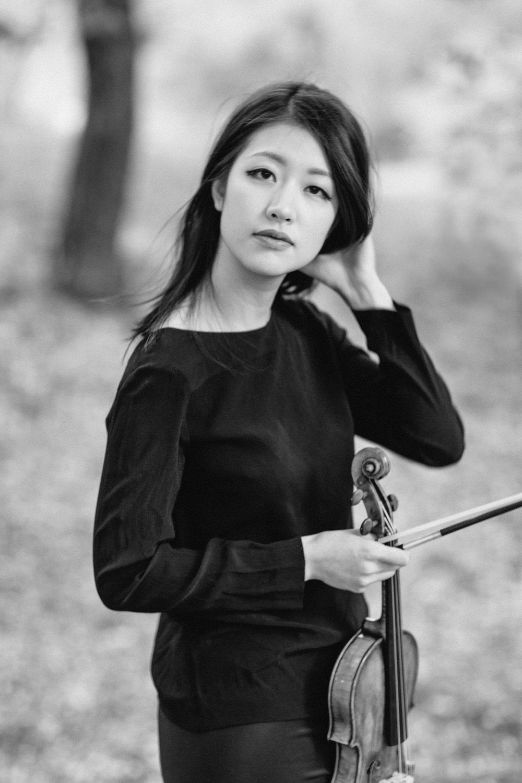 NYC Musician Portrait Photography Violin Violinist by Brooklyn Photographer Boris Zaretsky_B2C7771-Edit.jpg