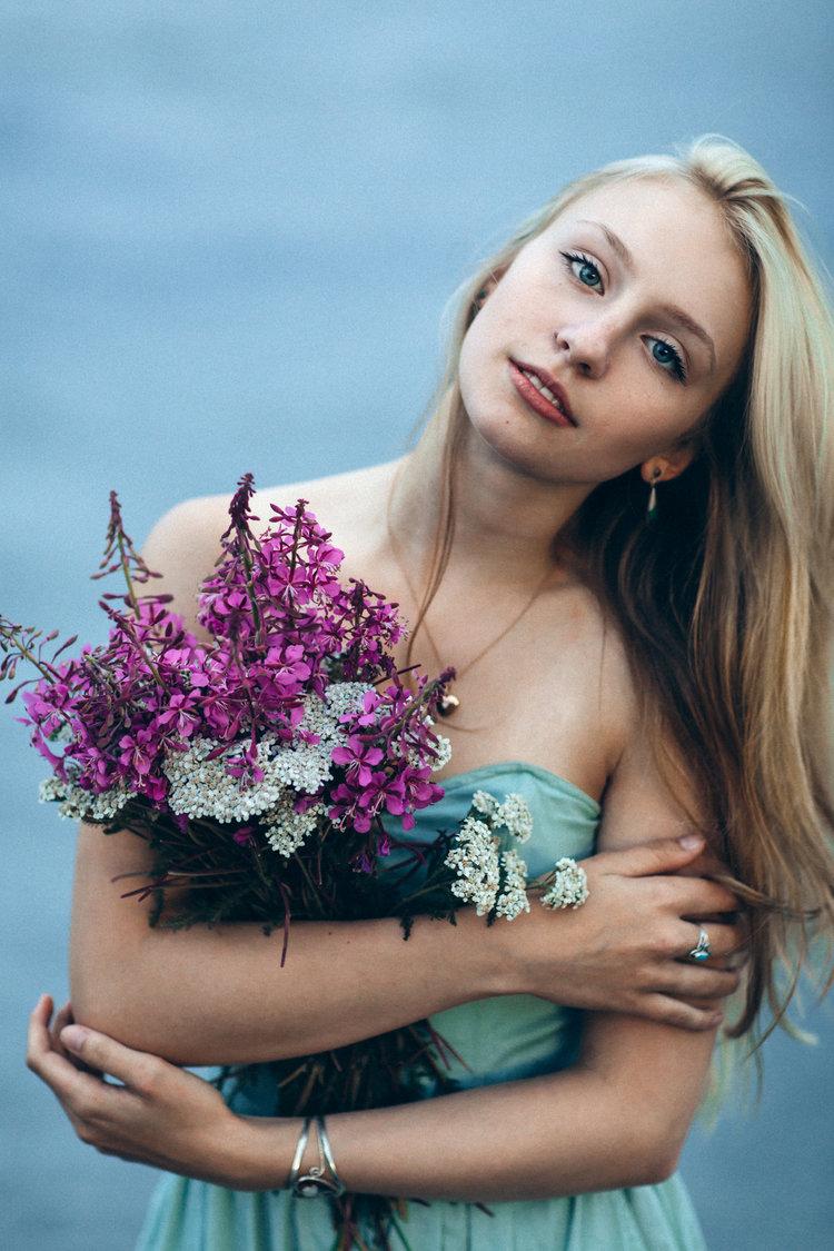 Destination+Photographer+Boris+Zaretsky+Alaska+Portrait+Fashion+Photography_B2C9299-Edit.jpg