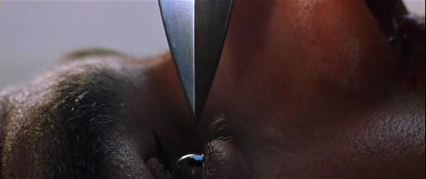 Mission-Impossible-II-Ethan-Hunt-Tom-Cruise-knife-eye.png