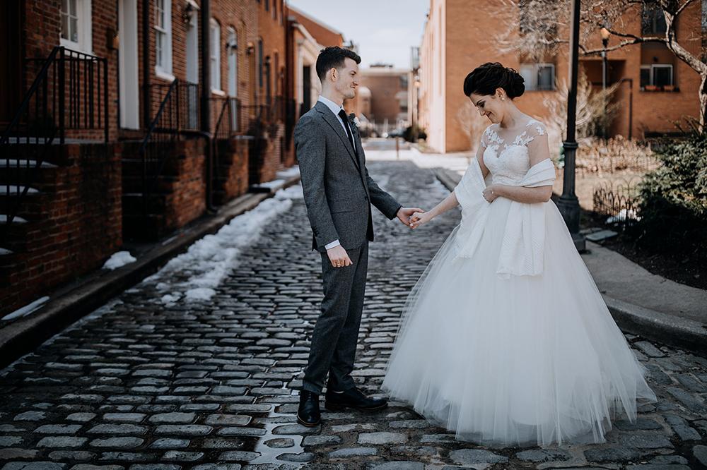 modern-baltimore-mill-house-wedding-10.jpg