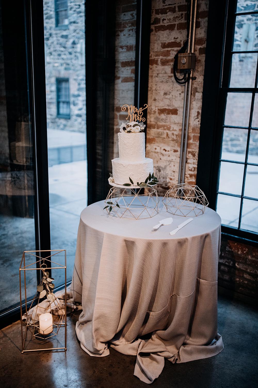 modern-baltimore-mill-house-wedding-93.jpg