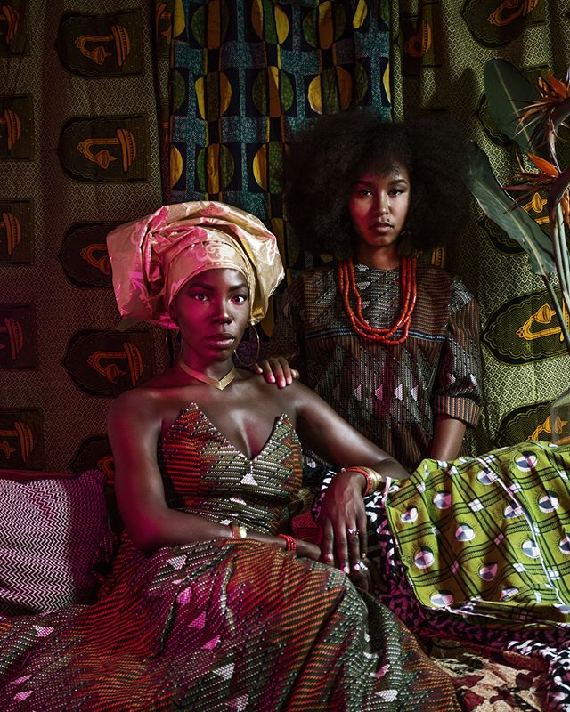 Let us pray🙇🏾. What a time to be alive. My #wcw is a double feature of @eromomen  and @arieesafari. Their sauce runneth over. May their cheek bones never be without height or highlight. Let their #gele be tight and their afros be right. And as we shot this at my place right before watching #blackpanther, all types of matching #wakandaforever vibes were delivered while #blackgirlmagic permeated the air and the hair. Bless every like and every comment and viral repost in the name of whatever fine ass water @im.angelabassett is drinking. Amen. 🙅🏾♂️ 📸: @jamdownflava