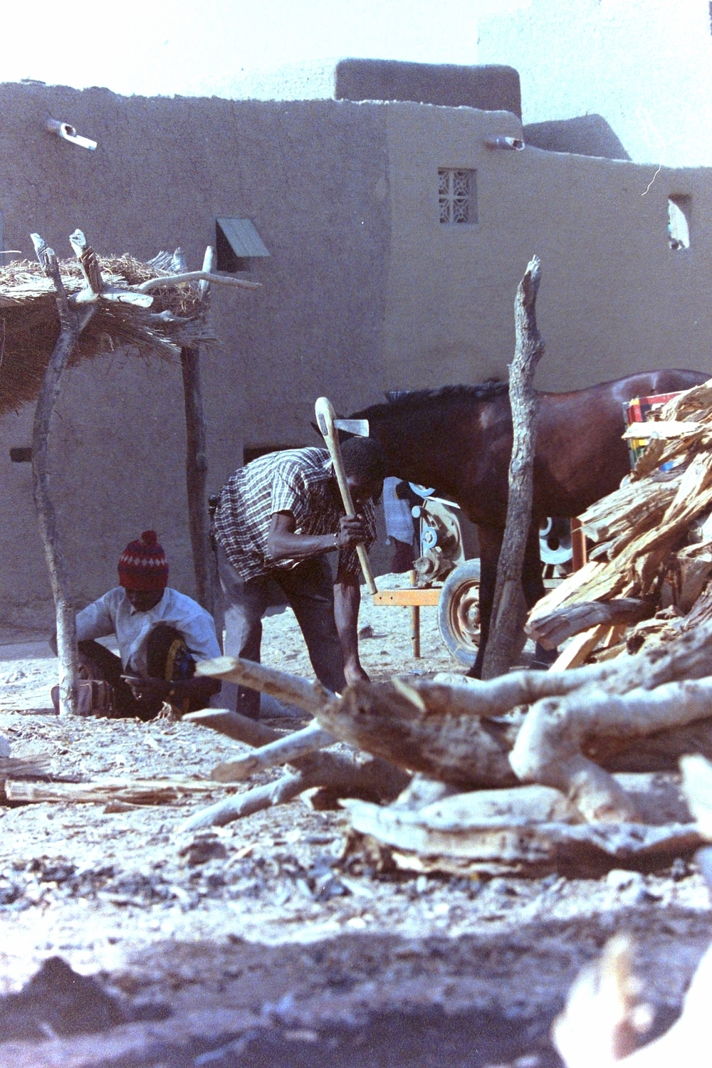 Daily chores in Timbuktu