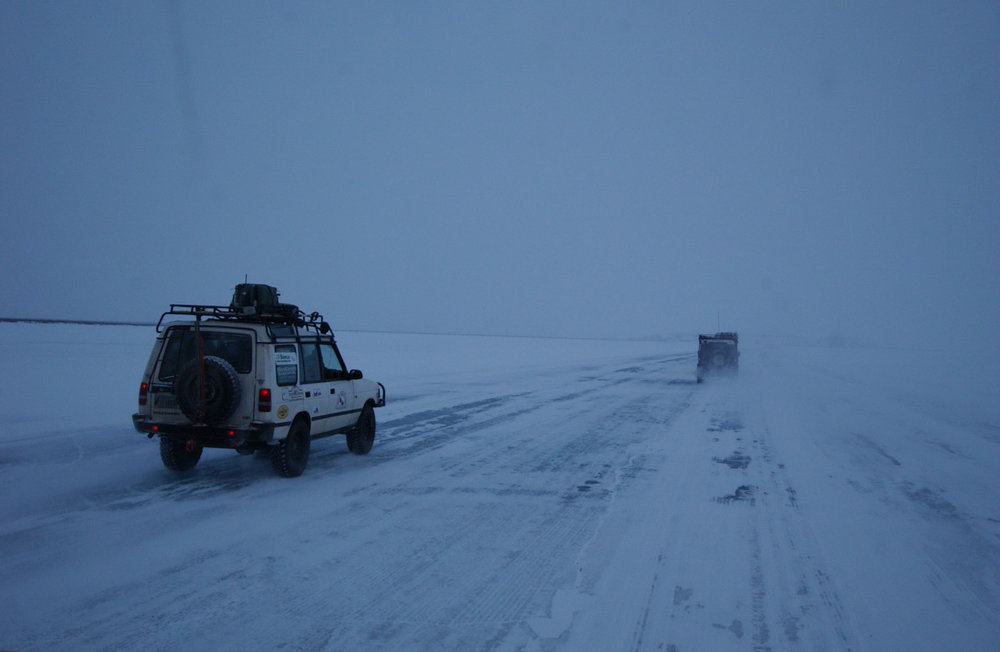Ice road to Tuktoyaktuk