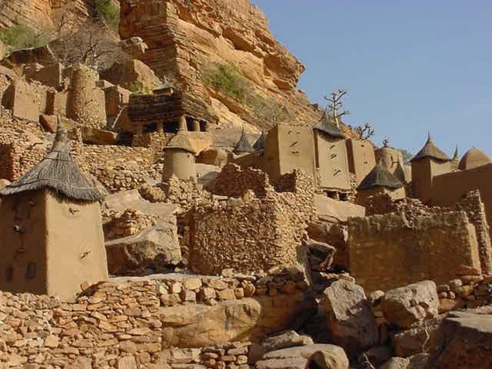 The village is built long the Bandiagara