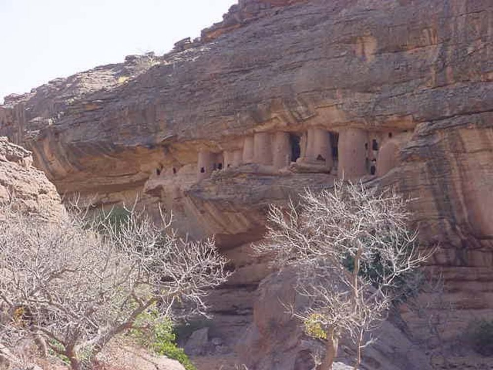 Ancient Dogon dwellings in the cliffs of Bandiagara
