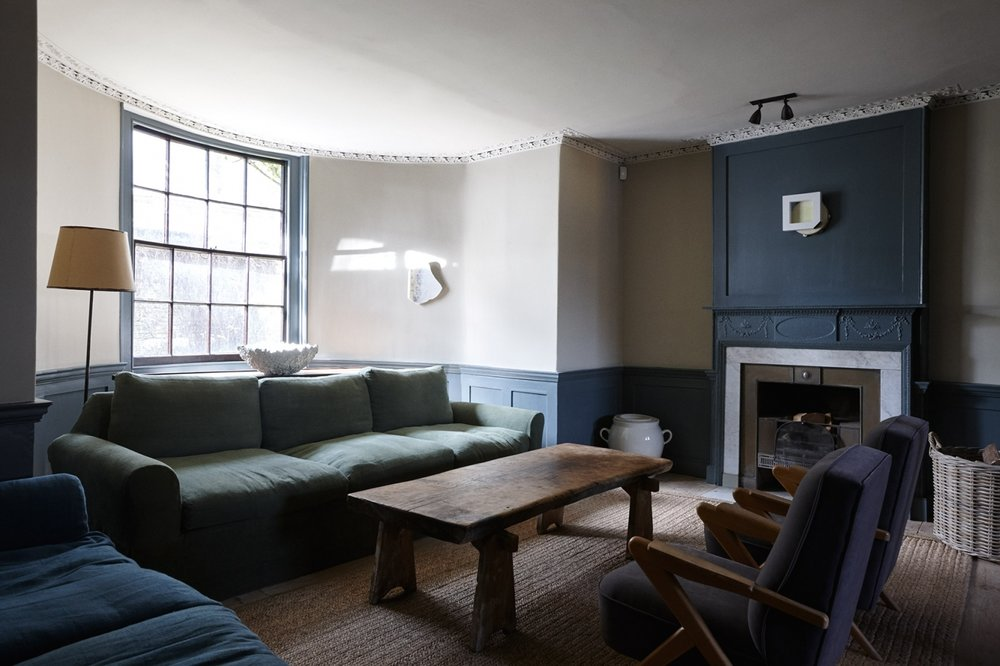 New-Road-Residence-London-living-room-Remodelista-1466x977.jpg