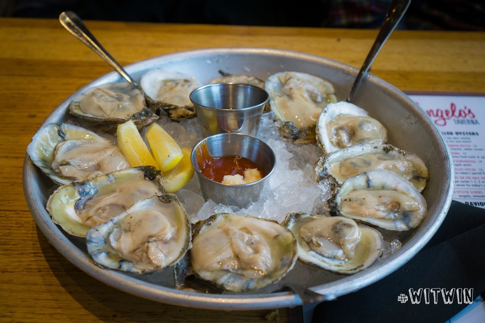 Raw Oysters ($1/each)