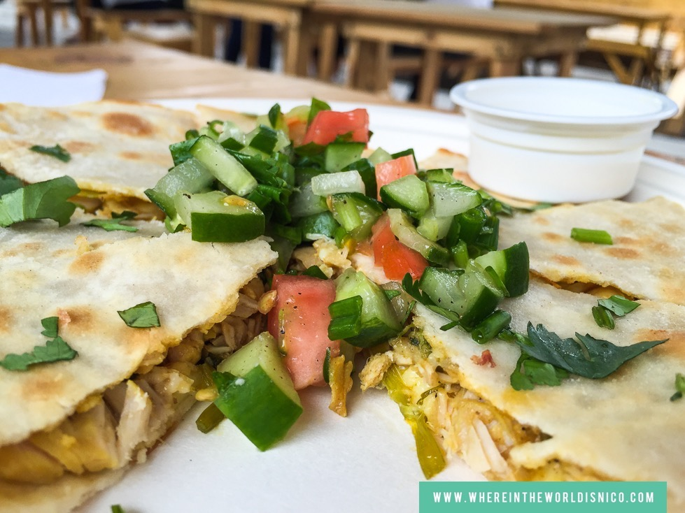 gastro-park-kapitolyo-food-park-masala-bar-chicken-curry-quesadilla.jpg
