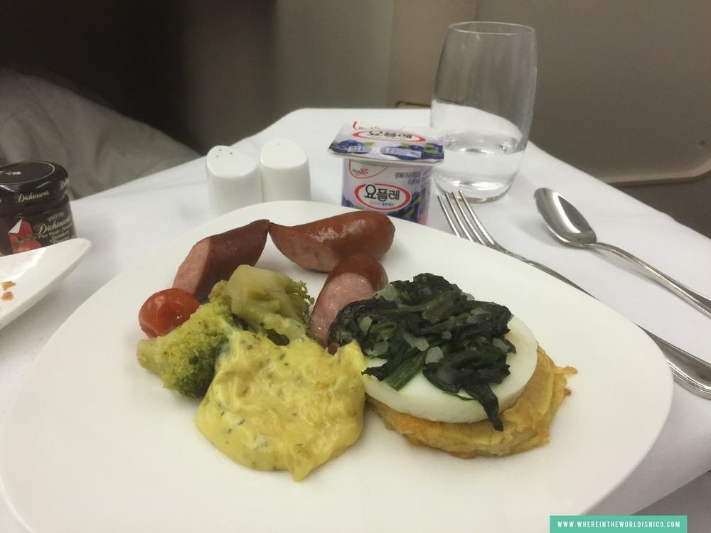 asiana-a380-icn-lax-breakfast-egg-florentine.JPG