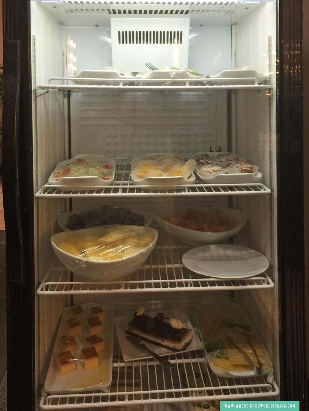 lotus-lounge-cmb-dessert-fridge.JPG