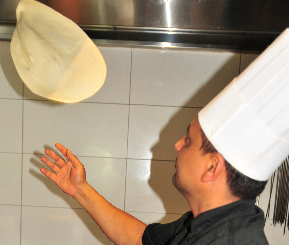 chef-making-naan.jpg