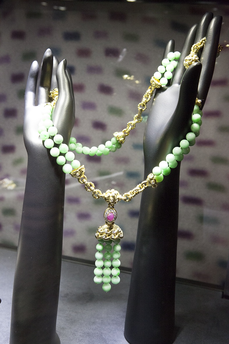 veschetti represents David Web, yellow gold and jade necklace with diamonds and a cabochon ruby..( my favorite)
