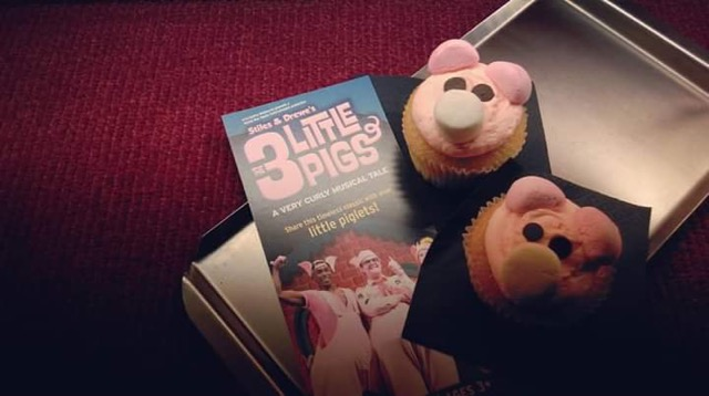 3littlepigsmusical01.jpg