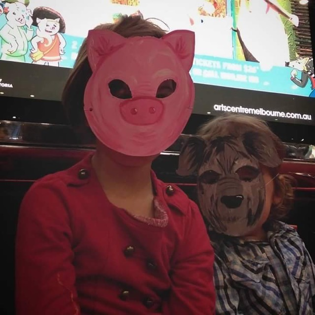 3littlepigsmusical02.jpg