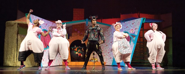 3littlepigsmusical06.jpg