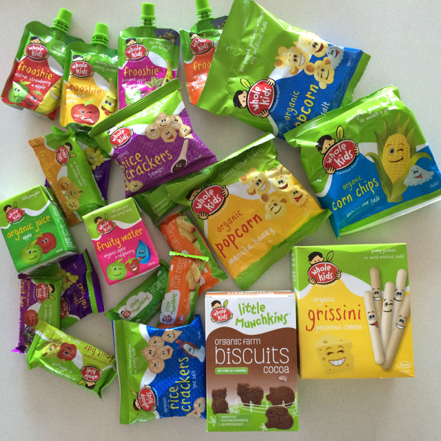 wholekidsorganicsnacks02.jpg