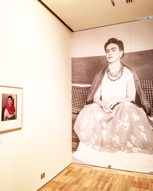 Frida Kahlo - Frida Kahlo with red 'rebozo' 1939 by Nickolas Muray (on left of this image) - photo @busycitykids