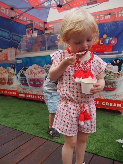 foodtruckparksweetlanefestival07.jpg