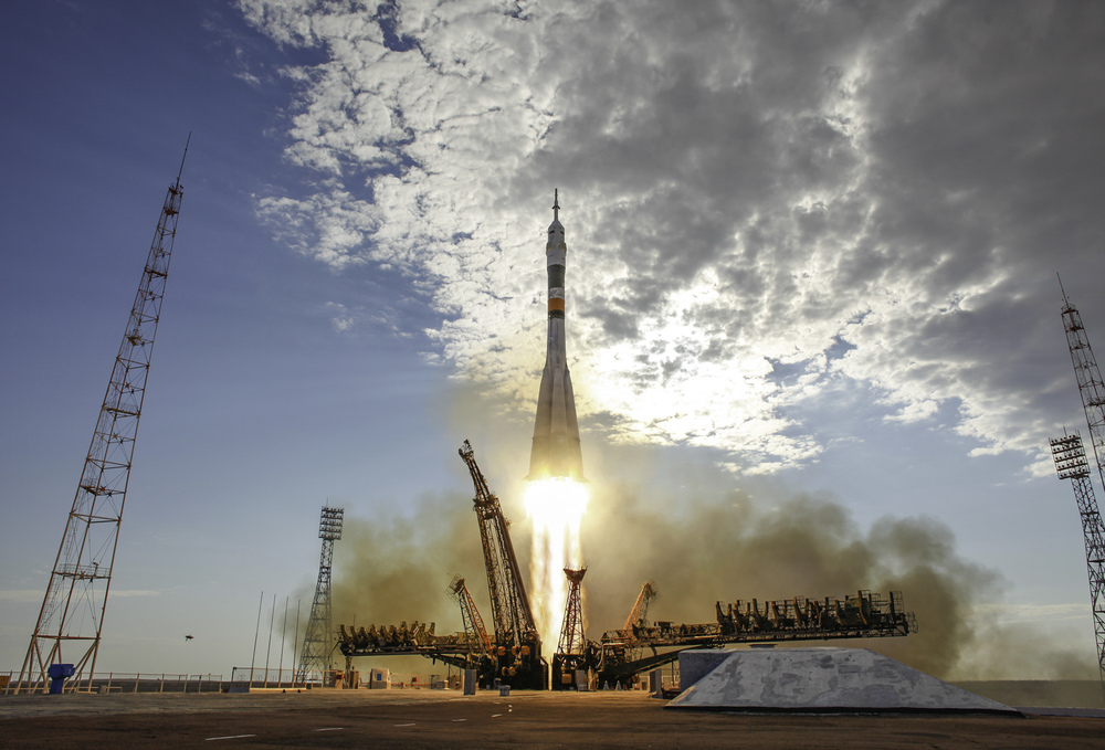 The Soyuz TMA-05M rocket launches from the Baikonur Cosmodrome in Kazakhstan on Sunday, July 15, 2012 carrying Expedition 32 Soyuz Commander Yuri Malenchenko, NASA Flight Engineer Sunita Williams and JAXA (Japan Aerospace Exploration Agency) Flight Engineer Akihiko Hoshide to the International Space Station. (NASA/Carla Cioffi)