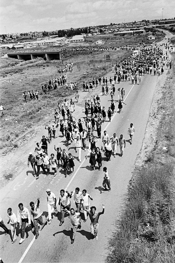 Soweto youth en route to the first rally attended by Nelson Mandela, 1990