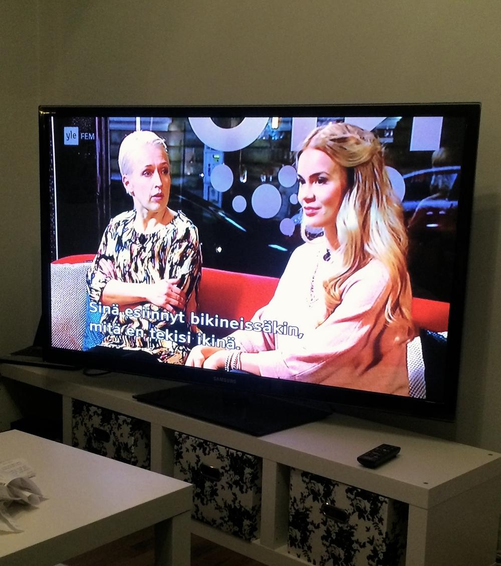 Anna Perho och jag på YLE fem - Efter Nio