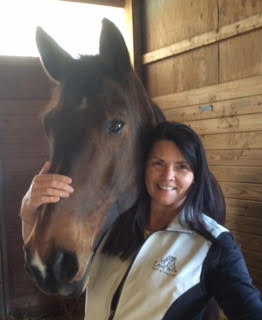 Leslie Brooks CESMT, MMCP is a certified equine massage therapist and Masterson Method Certified Practitioner. The Masterson Method is the bodywork used by the U.S. Endurance Team since 2006.