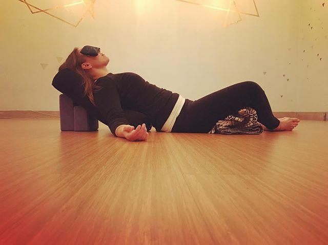 hot hot heat     cool cool yoga 😎 tonite 8-9pm restore + meditate @hoshyoga