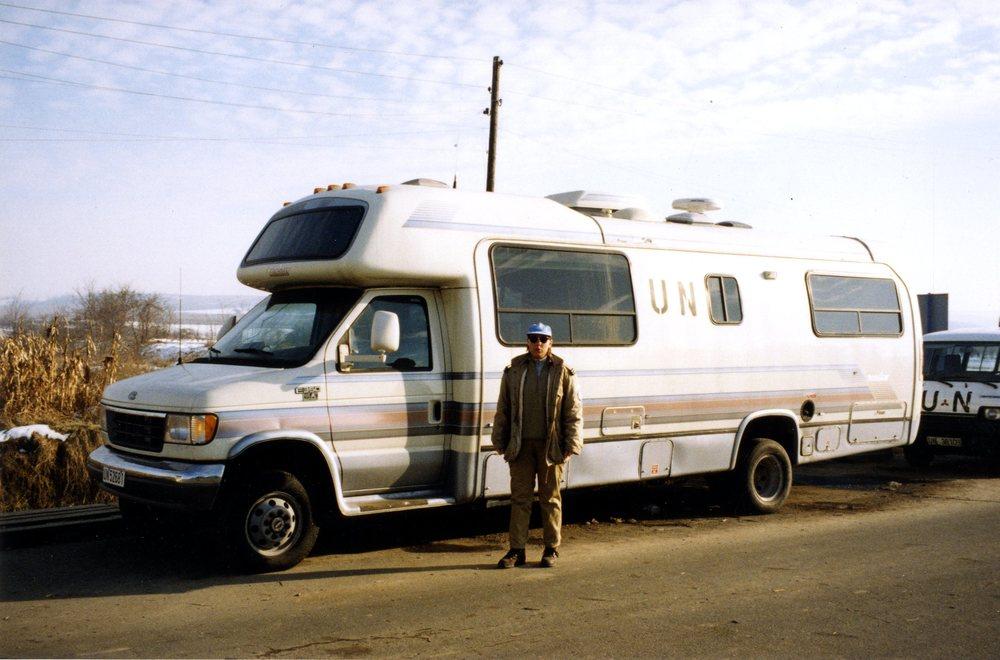 En av de amerikanska husbilarna som fungerade som kontor och viloplats.