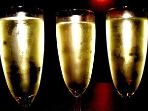 índica cumple años. Champán para todos!