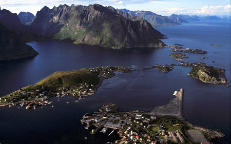 Scenery over Reine near Å. The E 10 goes between the islands.
