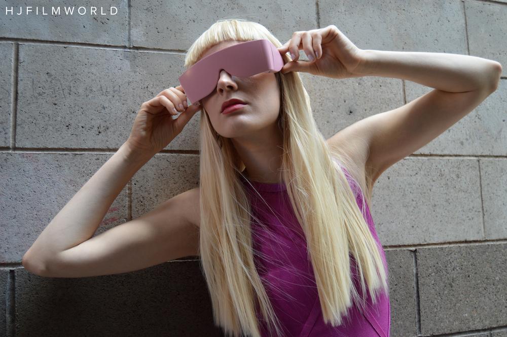 Model: Sarina Kalmogo